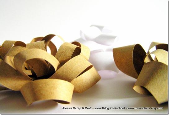 Lavoretti di Natale: fiocco di carta eco chic craft Christmas