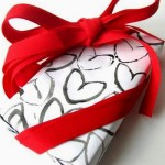 La carta per i pacchetti di San Valentino DIY