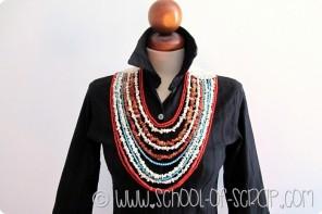 Bastano Uncinetto, filato naturale e pietre dure per fare un collier etnico